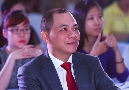 Cuộc tranh giành ngôi vị số 1 của hai người giàu nhất Việt Nam - Ảnh 1.