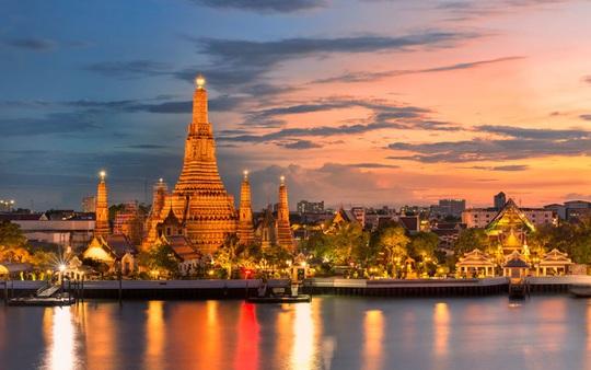 Người Việt tới Thái Lan du lịch và chữa bệnh được ở 90 ngày. - Ảnh 1.