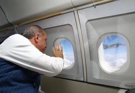 Tổng thống Thổ Nhĩ Kỳ thề lấy đầu kẻ phản bội - Ảnh 10.