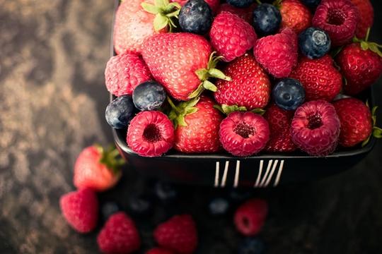 10 món ăn giúp kìm hãm sự lão hóa dành cho phụ nữ tuổi 40 - Ảnh 1.
