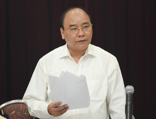 Thủ tướng: Bộ Y tế phải báo cáo trách nhiệm thuốc ung thư giả - Ảnh 1.