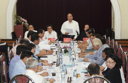 Thủ tướng: Tổng Bí thư đã nêu rõ đóng góp của văn học nghệ thuật - Ảnh 2.