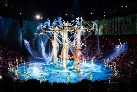 Bí mật đằng sau màn biểu diễn nước lớn nhất thế giới ở Macau - Ảnh 1.