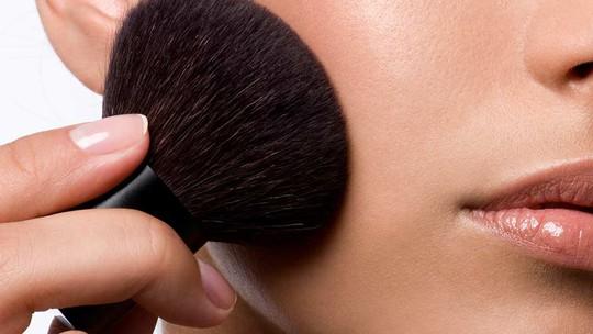 Muốn làn da không bị mụn, dị ứng thường xuyên làm cách này - Ảnh 1.