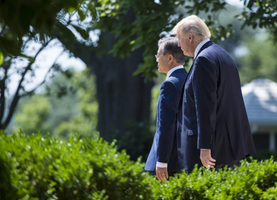 """Tổng thống Mỹ gọi Triều Tiên là """"thù địch và nguy hiểm"""" - Ảnh 2."""