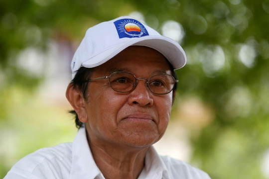 Bị buộc tội phản quốc, lãnh đạo đối lập Campuchia đối mặt 20 năm tù - Ảnh 1.