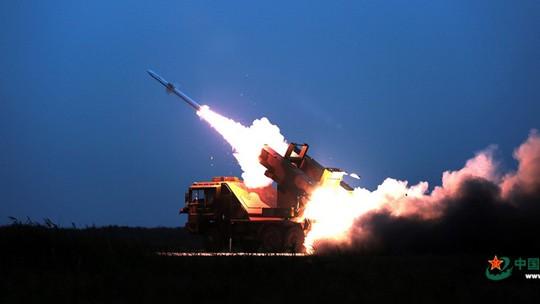 Trung Quốc tập bắn hạ tên lửa gần Triều Tiên - Ảnh 1.