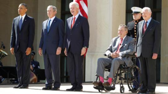 Năm cựu tổng thống Mỹ quyên góp giúp nạn nhân bão Harvey - Ảnh 1.