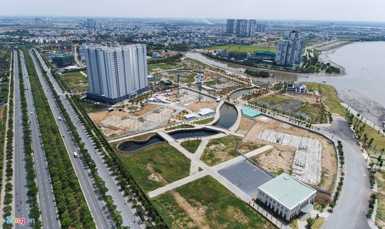 Xây cầu qua đảo Kim Cương, giá đất quận 2 bỏng tay - Ảnh 2.