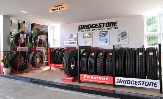 Bridgestone ra mắt Trung tâm Dịch vụ lốp xe tải/buýt cao cấp nhất tại Việt Nam - Ảnh 2.
