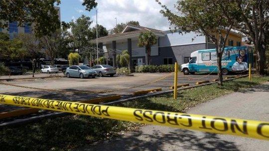 Nhà dưỡng lão bị phong tỏa để tiến hành điều tra. Ảnh: Reuters