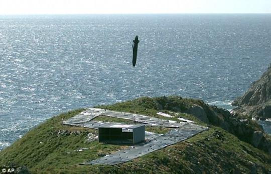 Phản ứng Triều Tiên thử Hwasong-12, Hàn Quốc bắn tên lửa Hyunmoo-II - Ảnh 3.