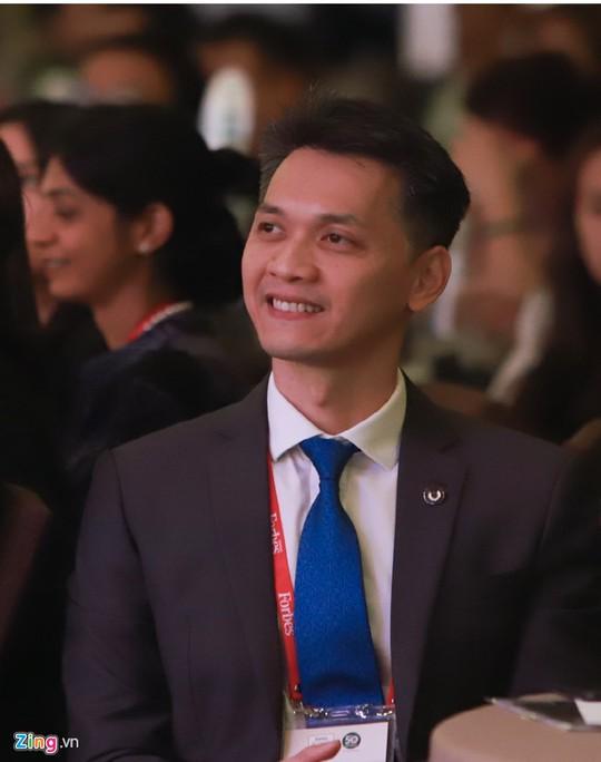 Chủ tịch ACB Trần Hùng Huy: Tôi đã kế nghiệp mà chưa chuẩn bị gì cả - Ảnh 1.