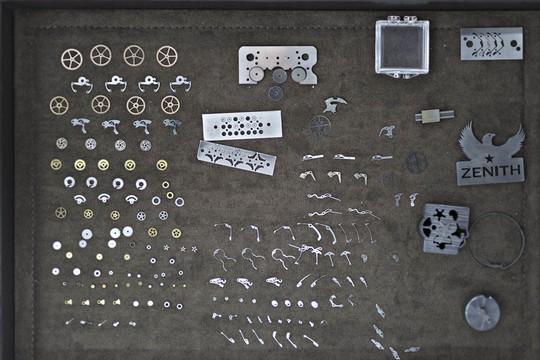 Bí mật 150 năm của xưởng sản xuất đồng hồ Thụy Sỹ - Ảnh 1.