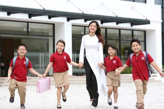 Đầu tư cho con: Môi trường sống là ưu tiên hàng đầu! - Ảnh 2.