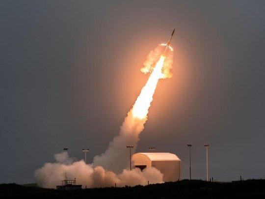 Tập trận lớn ở Scotland, Mỹ sốt sắng dẫn đầu tập đánh chặn tên lửa - Ảnh 1.