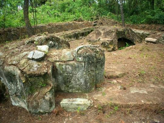 Lăng Ba Vành mới là lăng mộ Quang Trung? - Ảnh 1.