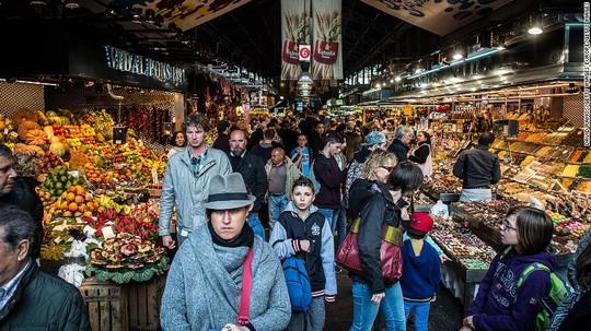 10 khu chợ thực phẩm tươi nổi tiếng của thế giới - Ảnh 1.