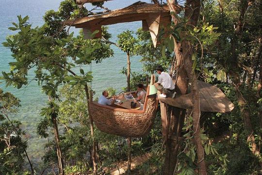 Đến Thái Lan tận hưởng bữa tiệc lơ lửng trên cây - Ảnh 2.