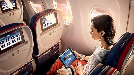 10 điều nên làm trên máy bay để thư giãn trong suốt hành trình - Ảnh 1.