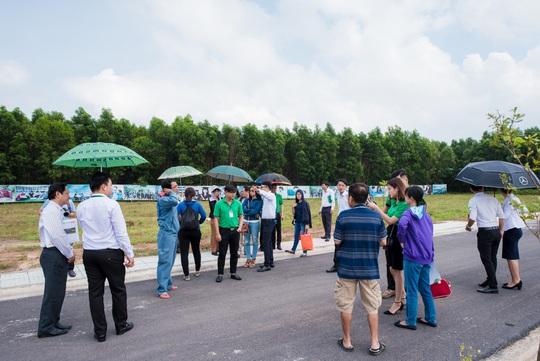 Công ty Bất động sản Vạn An Phát bàn giao đất nền dự án Thành An Residence - Ảnh 1.