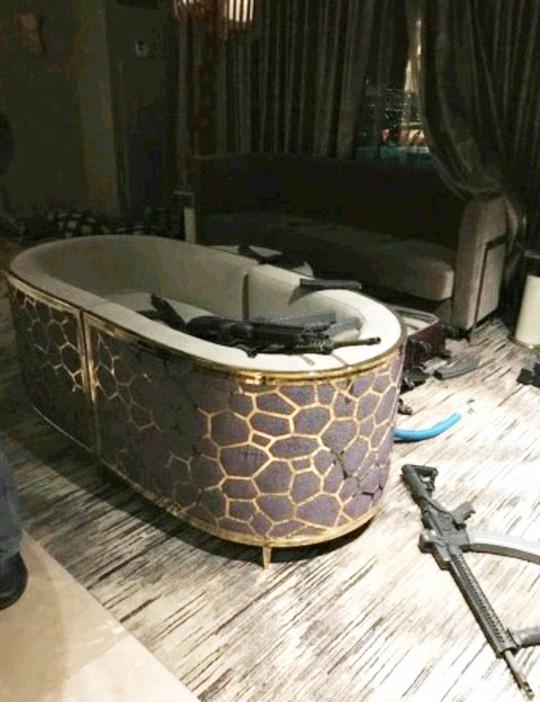 Vụ thảm sát Las Vegas: Nghi phạm lắp nhiều camera trong phòng khách sạn - Ảnh 6.
