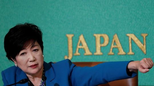 Siêu bão tấn công Nhật ngày bầu cử, ông Abe đắc lợi - Ảnh 2.
