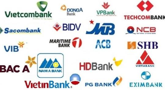Cuối năm, ngân hàng ồ ạt tuyển nhân sự, chi lương khủng - Ảnh 1.