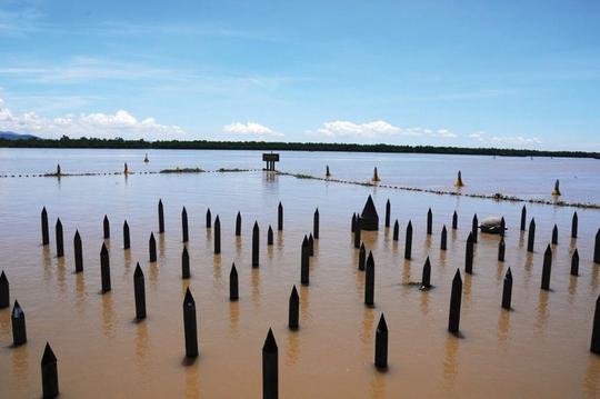 Ngắm dòng sông nổi tiếng bậc nhất trong lịch sử Việt Nam - Ảnh 3.