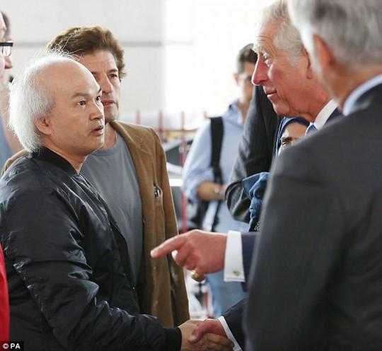 Siêu bịp bợm gốc Việt ra tòa tại Anh - Ảnh 1.