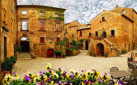 8 ngôi làng cheo leo bên vách đá ngoạn mục đáng để trốn đời - Ảnh 2.
