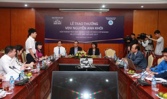 Dược phẩm Nhất Nhất trao thưởng 69 triệu đồng cho Nguyễn Anh Khôi - Ảnh 1.