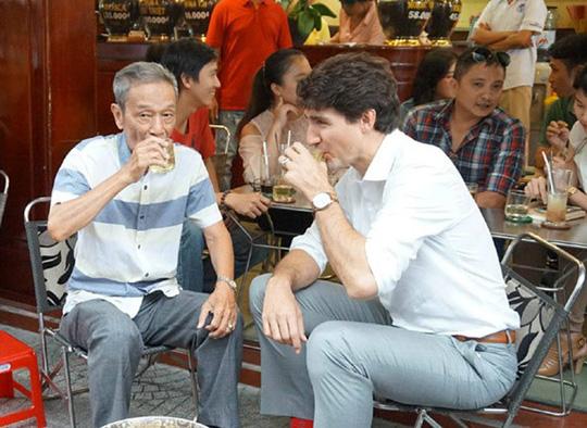 Nhà hàng, quán vỉa hè Việt Nam các chính khách từng ghé - Ảnh 1.