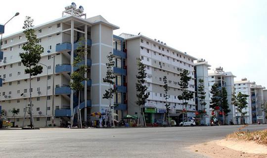 Vùng ven TP HCM đua nhau xây nhà dưới 200 triệu đồng - Ảnh 1.