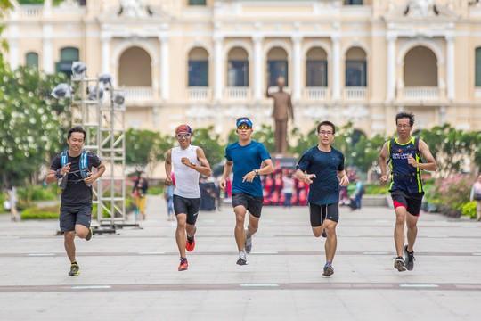 Háo hức đếm ngược tới giải Marathon Quốc tế TP HCM Techcombank 2017 - Ảnh 2.