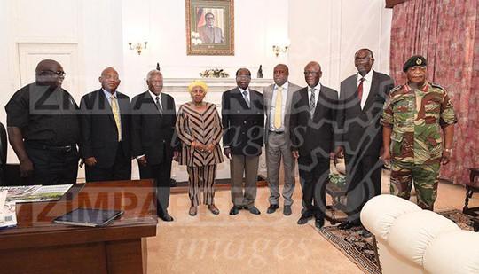 Mập mờ số phận Tổng thống Zimbabwe - Ảnh 2.