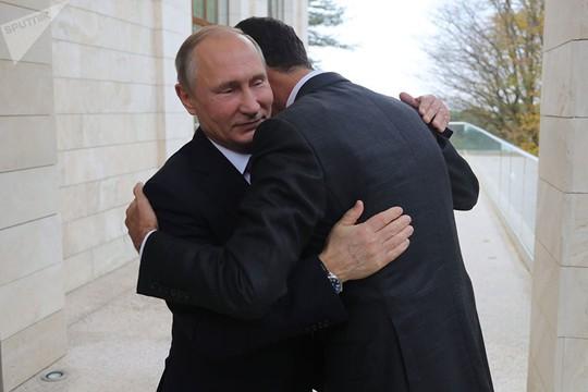 Tổng thống Syria bất ngờ tới Nga, gặp ông Putin - Ảnh 1.