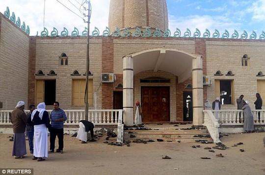 Vụ thảm sát Ai Cập: Tiết lộ những chi tiết động trời - Ảnh 2.