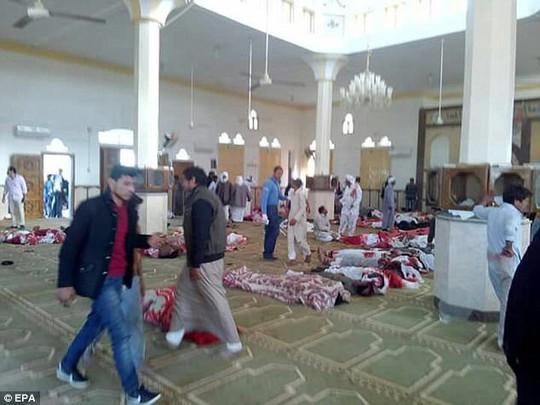Vụ thảm sát Ai Cập: Tiết lộ những chi tiết động trời - Ảnh 1.