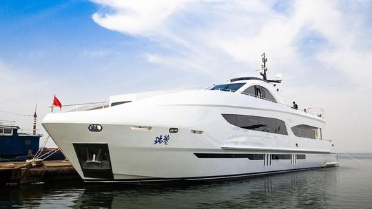 Siêu du thuyền Ruiying 125 sang trọng của Thành Long - Ảnh 1.