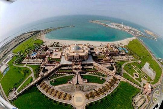 Khách sạn 8 sao duy nhất thế giới giá 2,7 tỷ/đêm nằm ở đâu? - Ảnh 2.