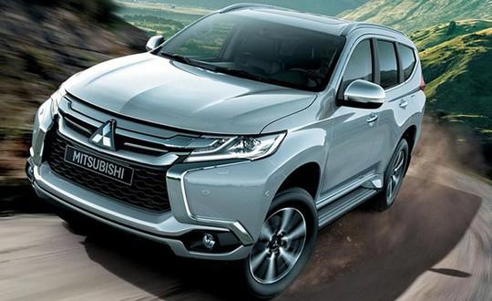Giảm giá hơn 200 triệu, ô tô Mitsubishi đẩy hàng tồn cuối năm - Ảnh 1.