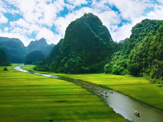Ninh Bình lọt top những điểm du lịch hấp dẫn nhất 2018 - Ảnh 1.