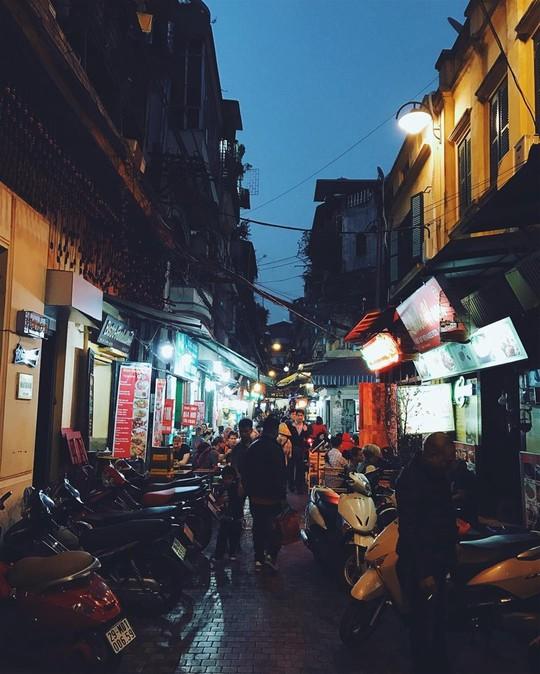 Việt Nam đẹp đến thổn thức dưới mắt nhiếp ảnh gia người Anh - Ảnh 2.