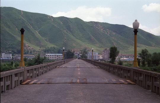 Lo điều tệ nhất, Trung Quốc xây trại tị nạn sát Triều Tiên - Ảnh 1.