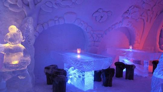Những lễ hội điêu khắc băng tuyết hấp dẫn nhất thế giới - Ảnh 1.