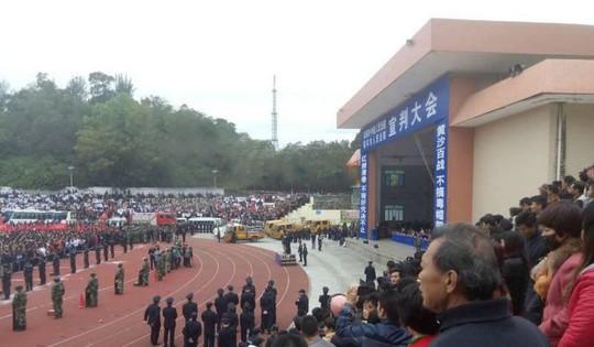Trung Quốc: Tử hình chớp nhoáng ngay sau tuyên án - Ảnh 2.