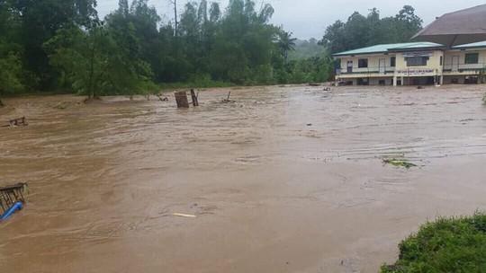 Tiến về Việt Nam, bão Tembin làm 133 người chết ở Philippines - Ảnh 1.