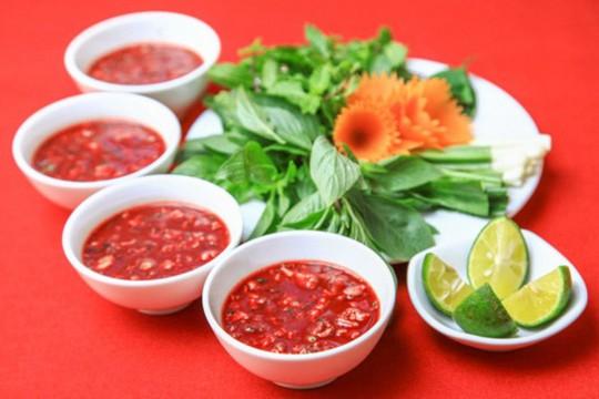 7 đặc sản Việt ngon nức tiếng nhưng càng ăn càng độc - Ảnh 1.