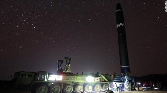 Triều Tiên dọa trả đũa các quốc gia ủng hộ lệnh trừng phạt mới - Ảnh 1.